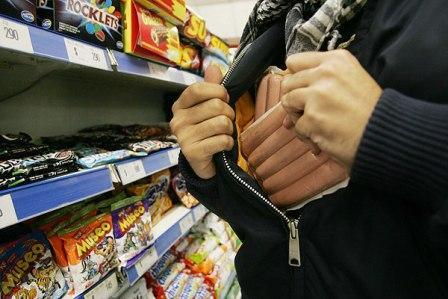 На обозрение всему народу в Интернете опубликуют фото воришек с магазинов